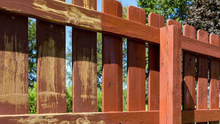 fence painting Bedford